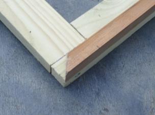 Making a canvas stretcher frame, corner lap joint. Photo credit Kelise Franclemont.