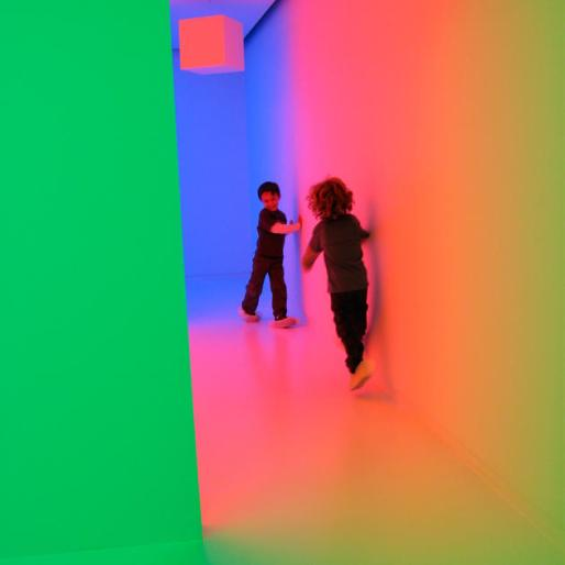 Chromosatuation by Carlos Cruz-Diaz, 1965-2013, in Light Show at Hayward Gallery. Image courtesy of southbankcentre.co.uk