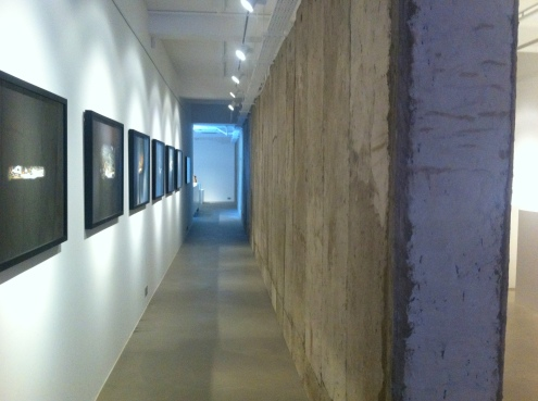 View of Ayyam Gallery after going around 'The Wall' to the other side. Image courtesy Kelise Franclemont.