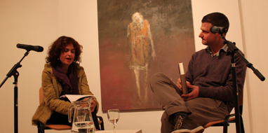 (l-r) Selma Dabbagh and William Sutcliffe in conversation at Mosaic Rooms, London. Image courtesy Mosaic Rooms.