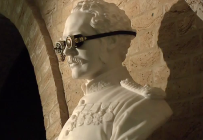 William Theed's bust of General Gordon sports steampunk goggles. Photo courtesy City of London and Guildhall Art Gallery.