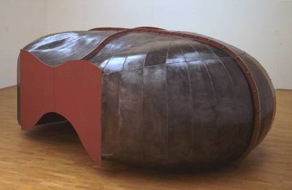 Richard Deacon, 'Struck Dumb', 1988, welded steel at Tate Britian, London. Image courtesy Tate.org.uk