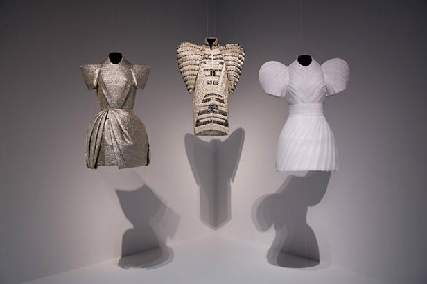 Dice Kacek, 'Istanbul Contrast', 2010, fashions. Image courtesy vam.ac.uk.