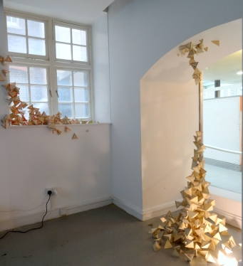 Libby Heaney, 'De-Coherence', 2014, installation view, at SU Gallery, Chelsea College of Art, London. Photo credit Kelise Franclemont.