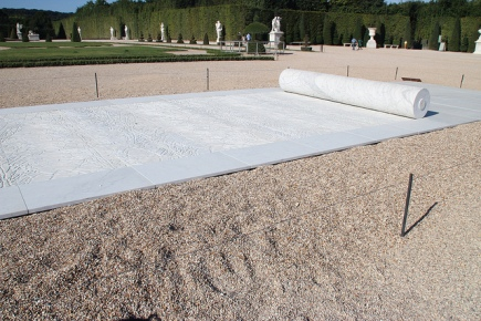 Guiseppe Penone, 'Sigillo', 2012, white Carrara marble as seen in Chateau de Versailles, 2013. Image courtesy Flickr.com (user: Andrea).