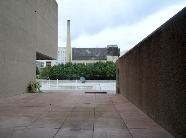 View of plaza at Everson Museum of Art, Syracuse, NY. Photo credit Kelise Franclemont.