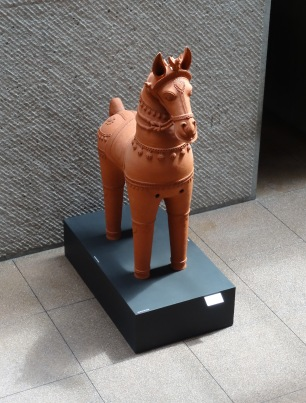 M. Palaniappan, 'Aiyanar Horse', 1990, terra cotta, at Everson Museum of Art, Syracuse, NY. Photo credit Kelise Franclemont.