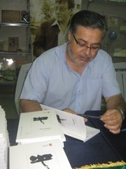 Author and educator, Zuhair Abu Shayeb. Image courtesy interromania.maestru.fr
