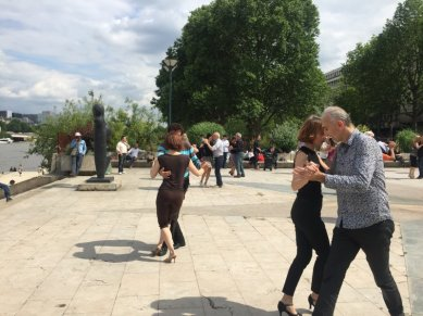 Tango lessons in the square adjacent to Liuba Boyadjieva's 'Animal 82', bronze, in Musée de la Sculpture en Plein Air, Paris. Photo credit Kelise Franclemont.