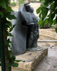 Jean Robert Ipoustéguy (France), 'Hydrophage', 1975, bronze, in Musée de la Sculpture en Plein Air, Paris. Photo credit Kelise Franclemont.