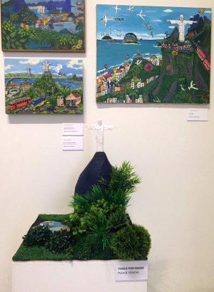 Installation view, Museu Internacional de Arte Naïf do Brasil, Rio de Janeiro. Photo: Kelise Franclemont.