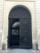 Charles Wheeler, bronze doors, 1928-37, at Bank of England, Threadneedle Street, EC2. Photo credit Kelise Franclemont.